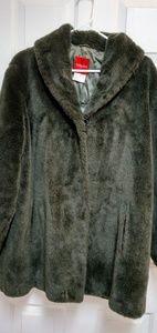 💞💞Rich Vintage Olsen green faux plush fur jacket